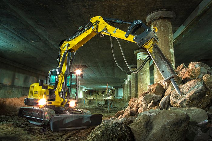 csm_Wacker-Neuson_ET90_in-action-01_700x466_4a8b9eb353
